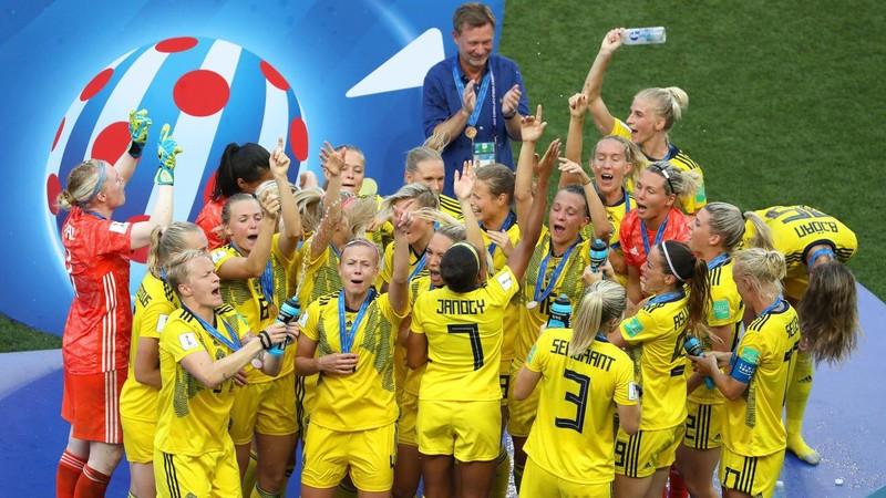 World Cup 2019: 'Tam sư nữ' theo chân 'Tam sư nam' - ảnh 2