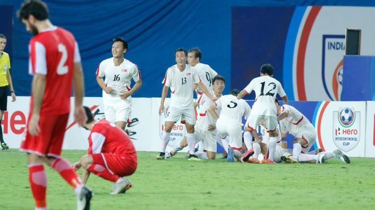 Triều Tiên mạnh mẽ hứa hẹn vòng loại World Cup châu Á… nóng - ảnh 1