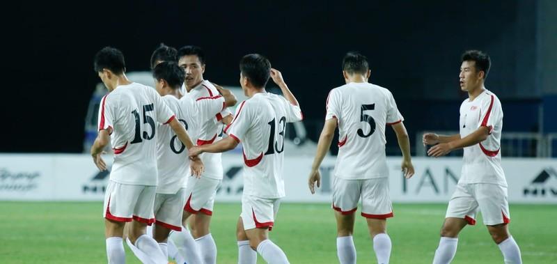 Triều Tiên mạnh mẽ hứa hẹn vòng loại World Cup châu Á… nóng - ảnh 2