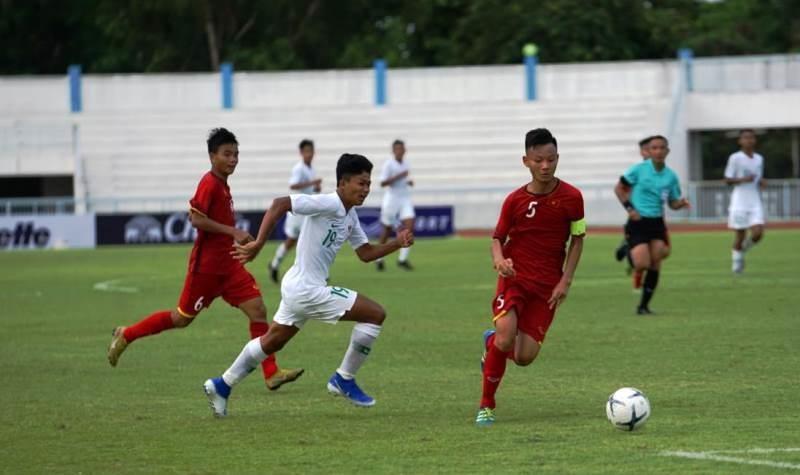 Việt Nam thua Indonesia, Đông Timor lên ngôi đầu - ảnh 1