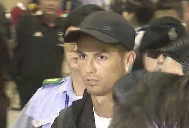 Ronaldo và vụ 'treo đầu dê, bán thịt chó' ở Seoul - ảnh 1