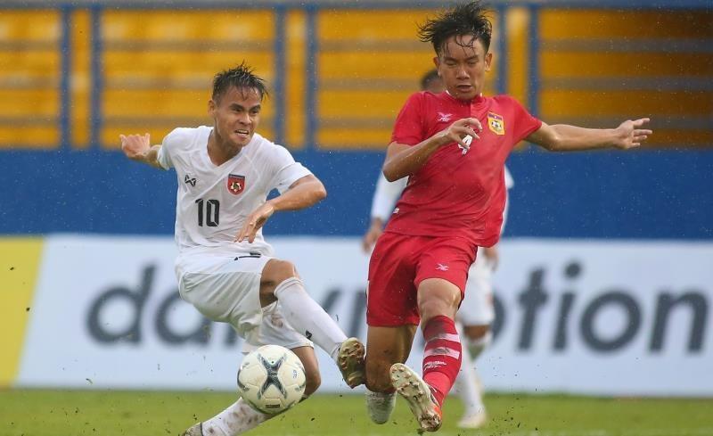 Giải vô địch U-18 Đông Nam Á: Mưa trời và 'mưa gôn' - ảnh 1