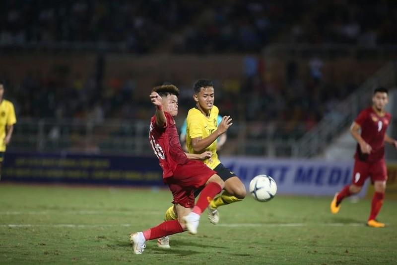 U-18 Việt Nam đánh bại ĐKVĐ Đông Nam Á bằng bàn thắng phạt góc - ảnh 3