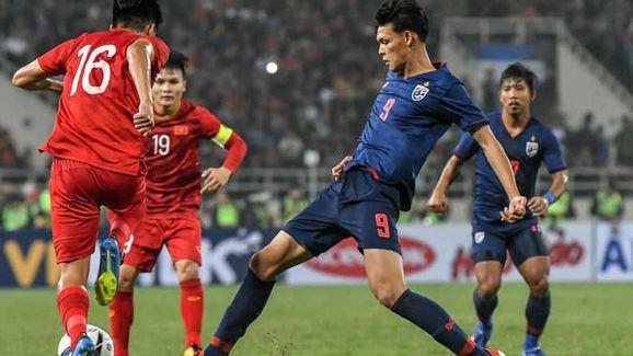 Tawan khuyên cầu thủ Thái đừng cứng nhắc với đấu pháp của HLV - ảnh 1