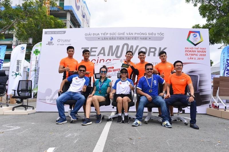 Giải đua... ghế văn phòng lần đầu tiên tại Việt Nam  - ảnh 4