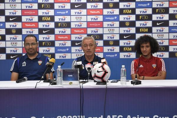 Ngược dòng thắng á quân AFF Cup, HLV Marwijk nói gì? - ảnh 1