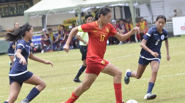 HLV nữ từ Hong Kong sẽ dẫn dắt U-16 Trung Quốc đối đầu U-16 VN - ảnh 3
