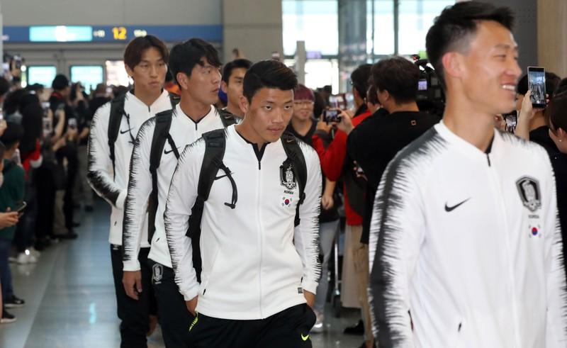 Tuyển Hàn Quốc bay đến Triều Tiên bằng cách nào? - ảnh 3