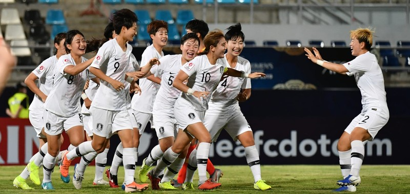 U-19 Hàn Quốc bất ngờ đánh bại U-19 Trung Quốc - ảnh 1