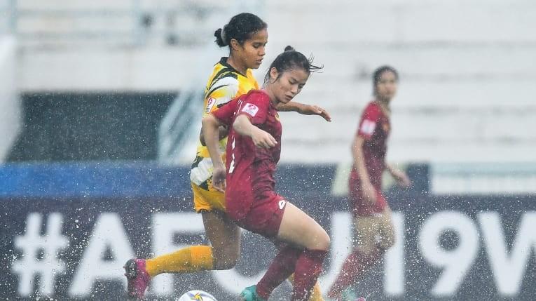 2 lần mất bàn thắng vì vũng nước, Việt Nam thua đau và bị loại - ảnh 2