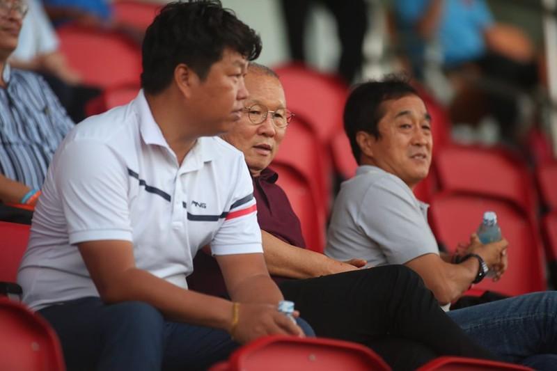 Thầy Park chứng kiến đội nhà thua 1-4 - ảnh 3
