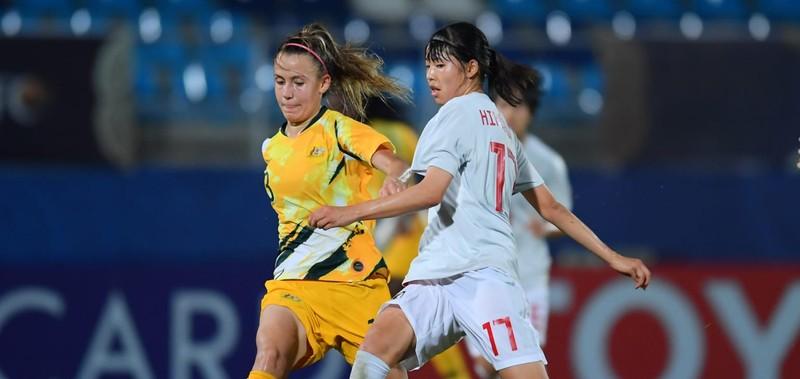 Nhìn Úc thua thảm Nhật Bản lại tiếc cho Việt Nam - ảnh 1