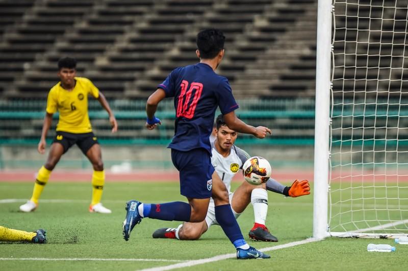 AFF khiến bóng đá Thái Lan chạnh lòng - ảnh 2