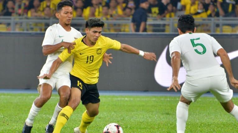 Hạ Indonesia, tuyển Malaysia vượt mặt Thái Lan - ảnh 1