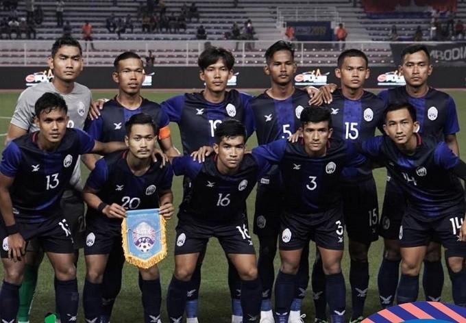 Chuyên gia sân cỏ nhân tạo Campuchia lên ngôi đầu SEA Games 30 - ảnh 1