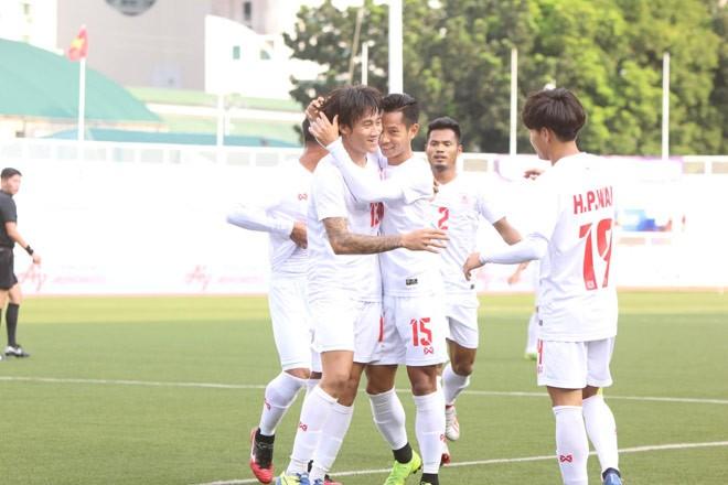 Xác định đội đầu tiên vào bán kết bóng đá nam SEA Games 30 - ảnh 2