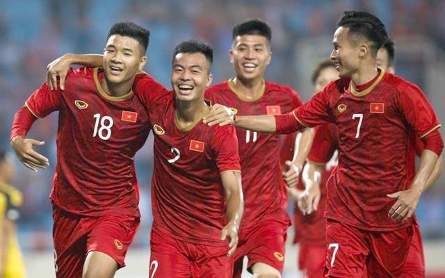 Chẳng ai vào xem được trận U-23 Việt Nam - B. Bình Dương - ảnh 2