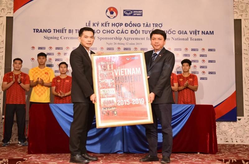 Việt Nam mặc đồ Thái đánh bại tuyển Thái, người Thái nói gì? - ảnh 2