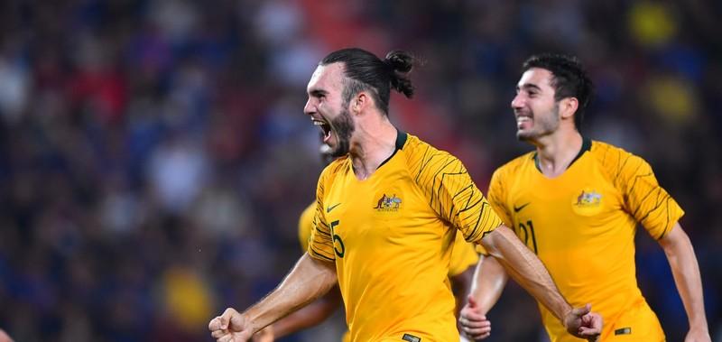 Úc ngược dòng đánh bại Thái Lan - ảnh 3