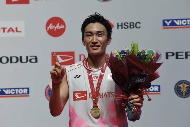 Tay vợt số 1 thế giới bay về Nhật Bản sau tai nạn thoát chết - ảnh 1
