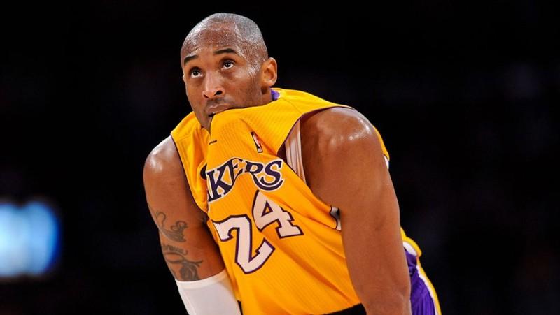 Có vợ huyền thoại bóng rổ Kobe Bryant trong tai nạn máy bay? - ảnh 2