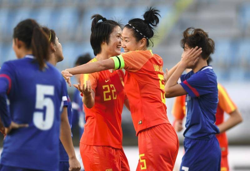 Bốn CLB Trung Quốc đẩy AFC vào thế khó - ảnh 1