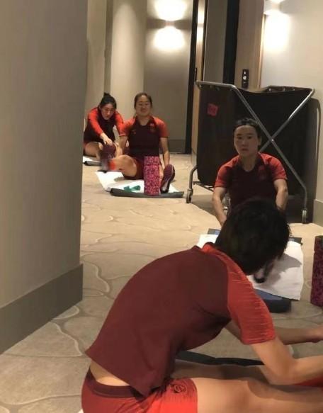 Tuyển Trung Quốc đã 'thoát' ra sao ở Úc - ảnh 1