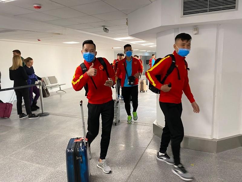 Hoãn giải châu Á, tuyển Việt Nam đi tập huấn Tây Ban Nha - ảnh 1