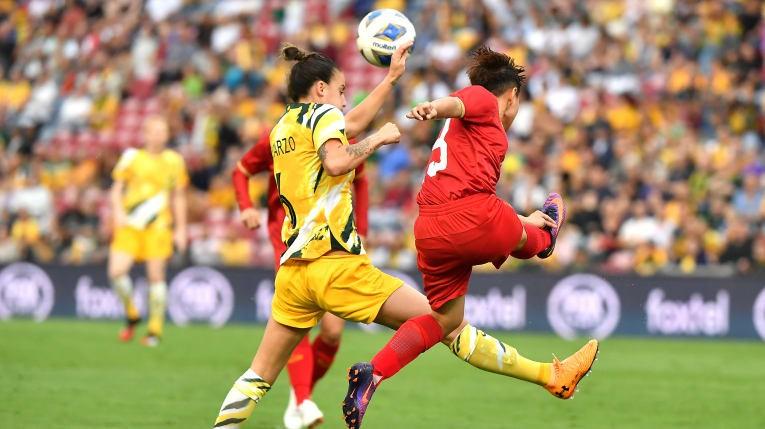 Bích Thùy: 'Việt Nam sẽ cố gắng ghi bàn vào lưới Úc' - ảnh 2