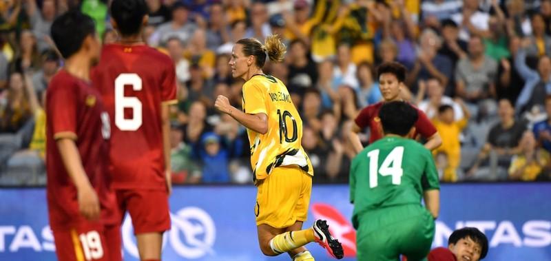 Bích Thùy: 'Việt Nam sẽ cố gắng ghi bàn vào lưới Úc' - ảnh 1