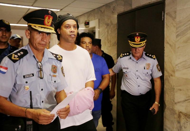 Nếu tha bổng Ronaldinho sẽ tạo ra tiền lệ rất nguy hiểm - ảnh 1