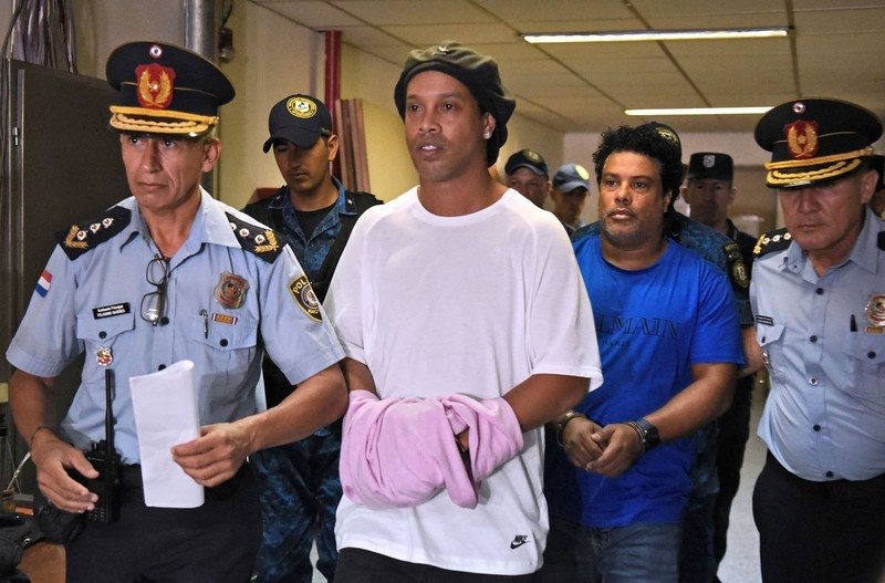 Đường dây rửa tiền của mafia sau vụ Ronaldinho - ảnh 2