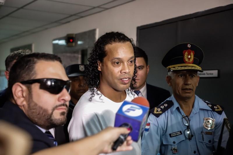 Đường dây rửa tiền của mafia sau vụ Ronaldinho - ảnh 1