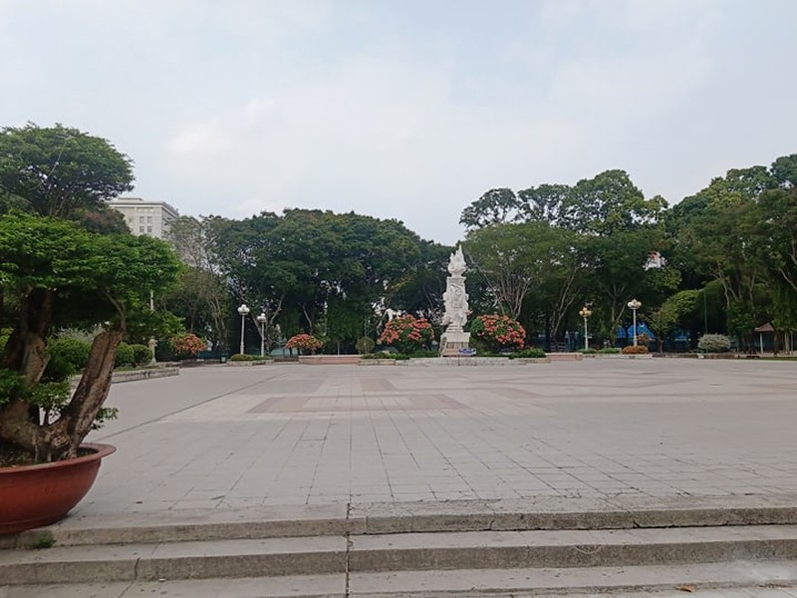 Công viên Lê Văn Tám 'off' với người tập thể dục - ảnh 4
