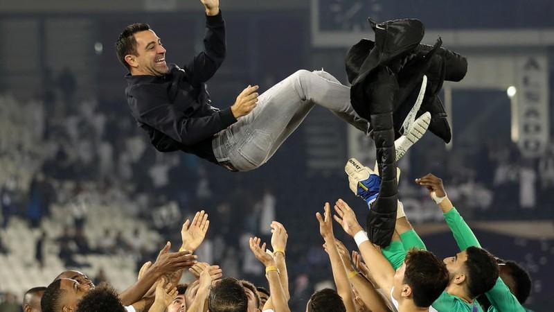 Chưa về Barcelona, Xavi đã 'kéo bè, kéo phái' - ảnh 2