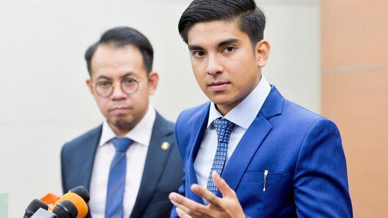 Cựu bộ trưởng thể thao hotboy của Malaysia lao đao vì mất tiền - ảnh 1