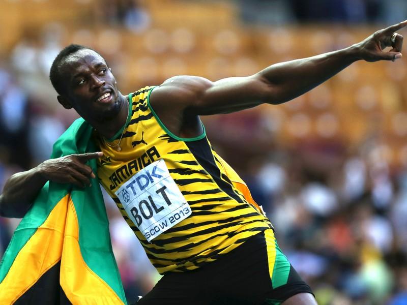 Ảnh 'giãn cách xã hội' của Bolt nửa triệu 'like' 90 ngàn 'còm' - ảnh 1