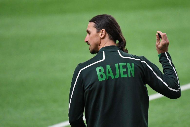 Ibrahimovic 'trêu ngươi' fan Malmo - ảnh 2