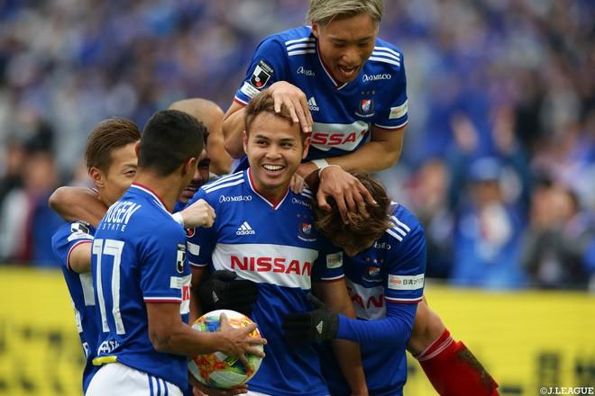 2 tuyển thủ Thái Lan vào đội hình 'Dream team' J-League 1 - ảnh 2