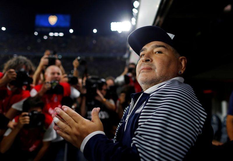 Maradona lại được 'bàn tay của chúa' giải cứu - ảnh 1