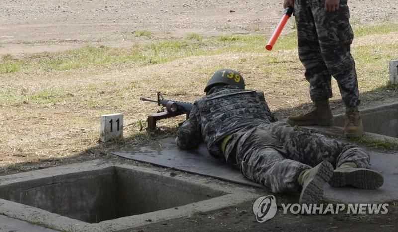 Son Heung-min tốt nghiệp khóa quân sự loại ưu - ảnh 3