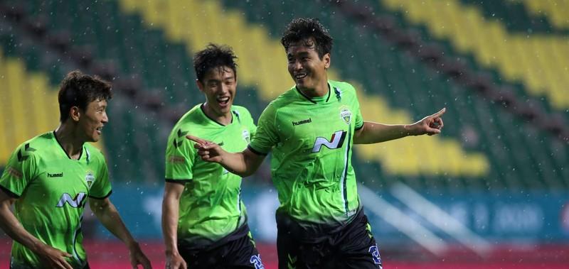 K-League chính thức trở lại trong dịch COVID-19, có ổn không? - ảnh 4