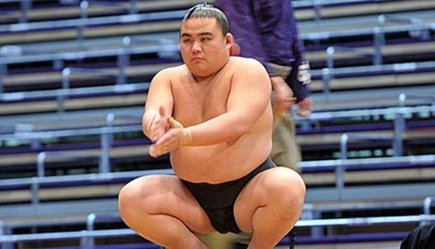 Nhiều bệnh viện Nhật lúng túng, 1 đô vật Sumo qua đời - ảnh 2