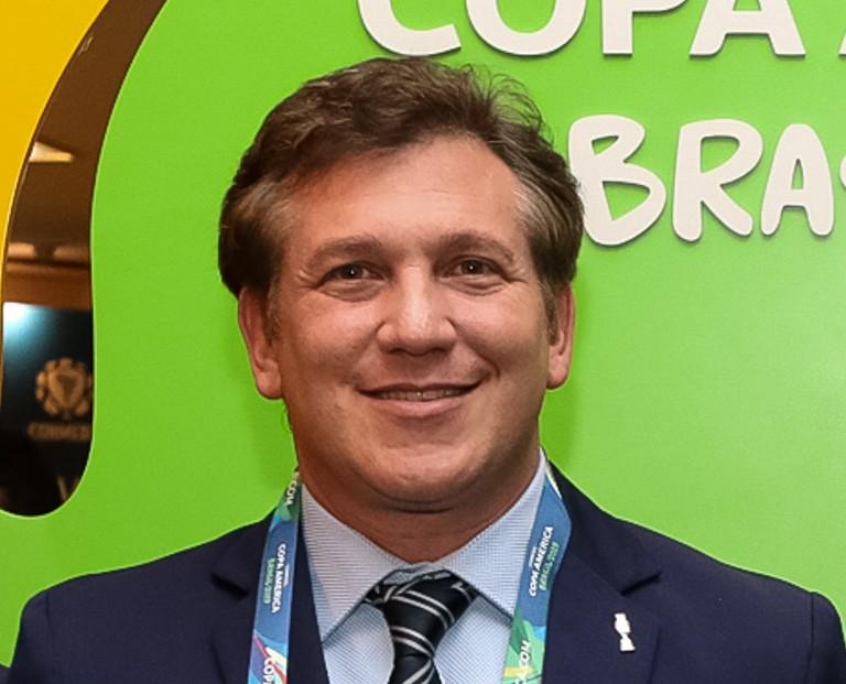 Sếp CONMEBOL 'bật lại' việc FIFA cho thay 5 cầu thủ/trận - ảnh 1