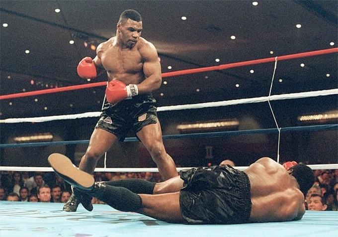 Mike Tyson thượng đài trở lại tại Thái Lan - ảnh 1