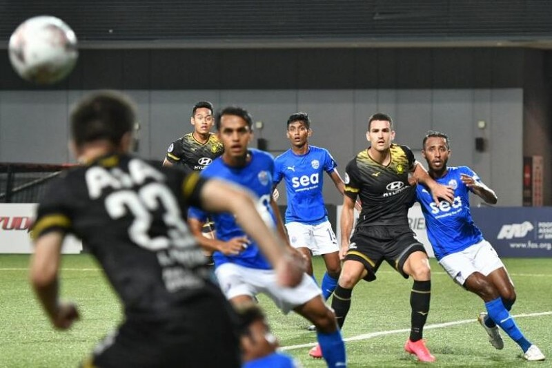 AFF Cup 2020 lăn bóng bất chấp các giải quốc nội ra sao - ảnh 2