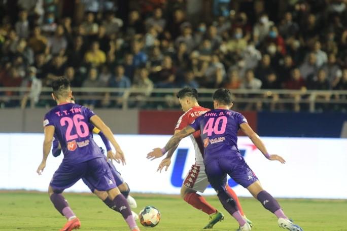 Sài Gòn FC soán ngôi đầu V-League của TP.HCM, nhóm 1 cực căng - ảnh 4