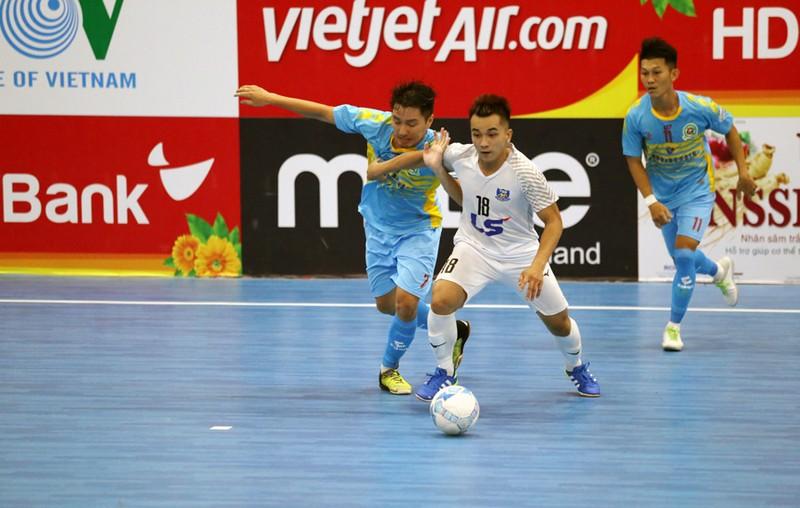 Đội phải thi đấu vòng loại vượt lên nhất bảng - ảnh 1