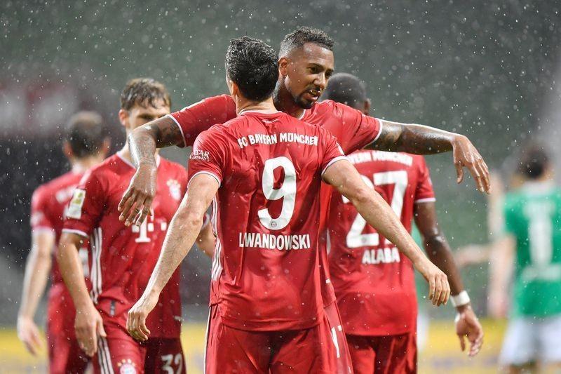 HLV vô danh giúp Bayern Munich hướng đến mục tiêu ăn ba - ảnh 1