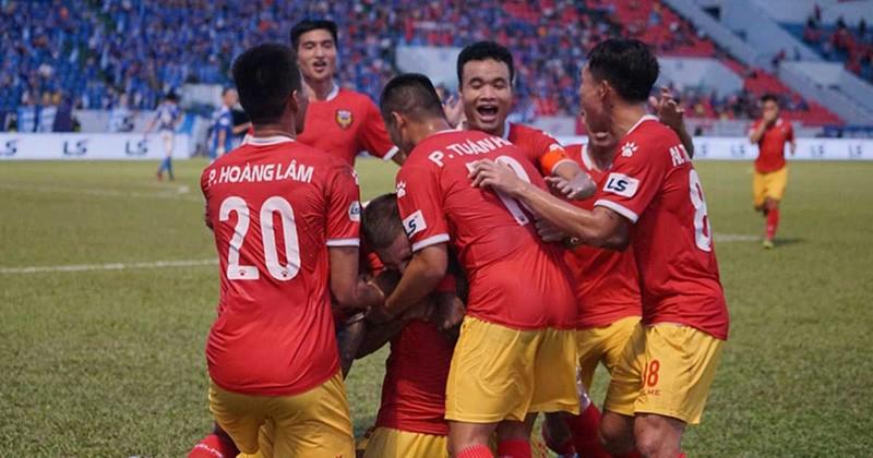 Hồng Lĩnh Hà Tĩnh gai góc, Sài Gòn FC bị chia điểm - ảnh 1